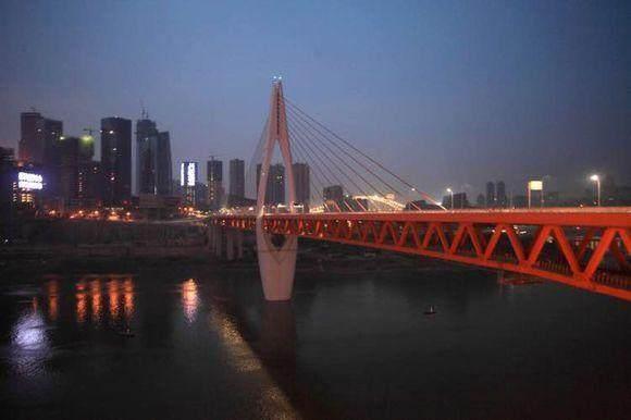 重庆千厮门大桥