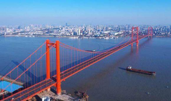 鹦鹉洲长江大桥