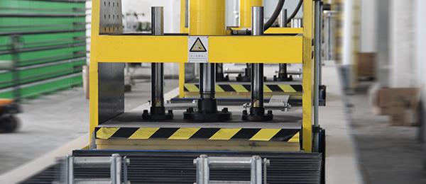 悍马碳纤维板生产设备