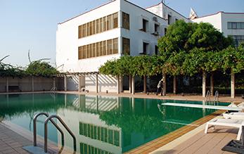 中国驻尼日尼亚大使馆