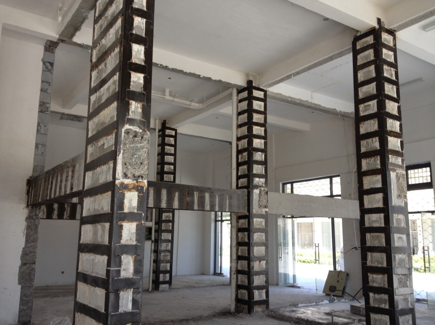 湿式外包钢加固混凝土结构